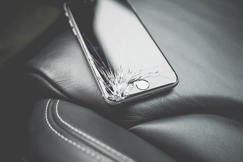 Üvegfólia - a legjobb megoldás karcok ellen